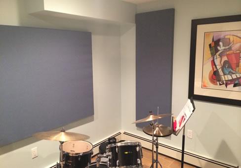 Akustik Kumaş Panel Bateri Odası Uygulaması