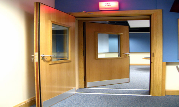 Akustik Ses Yalıtım Kapısı