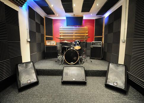 Müzik Odası Akustik Sünger Uygulaması